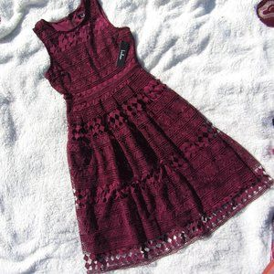 NWT Lulu's Plum Lace Sleeveless Midi Dress Size S